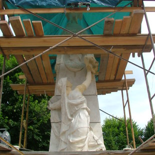 Restauration d'un monument aux morts